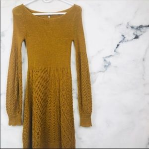 Anthropologie Gold Bishop Sleeve Sweater Tunic